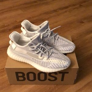 Yeezy boost 350 V2 static non reflective size 10.5